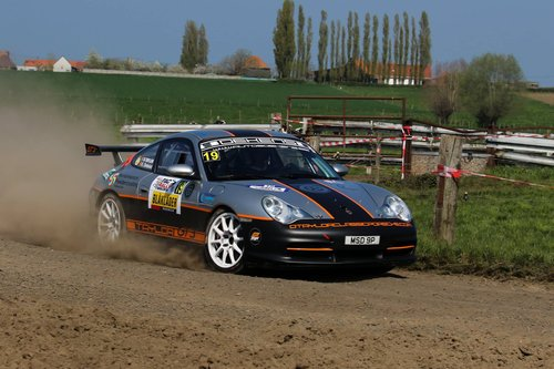 PORSCHE 996 GT3 RALLY CAR 2003 GEN 2 For Sale (picture 3 of 6)