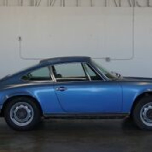 1971 Porsche 911T Coupe # 22586 For Sale (picture 2 of 5)