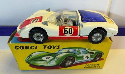 VINTAGE PORSCHE CARRERA 6 CORGI MODEL 330 BOXED For Sale (picture 1 of 6)