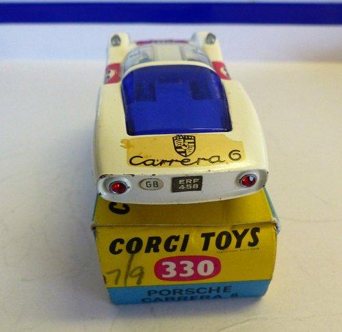 VINTAGE PORSCHE CARRERA 6 CORGI MODEL 330 BOXED For Sale (picture 4 of 6)