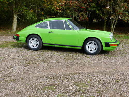 Porsche 911 2.7 Coupe LHD 1974 Lime green For Sale (picture 3 of 6)