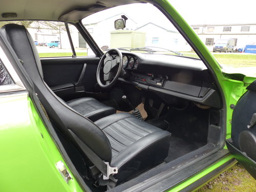 Porsche 911 2.7 Coupe LHD 1974 Lime green For Sale (picture 5 of 6)
