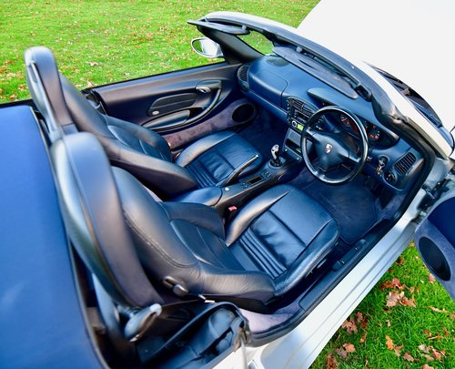 2001 Porsche Boxster 2.7 Manual For Sale (picture 4 of 6)