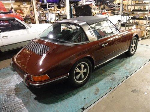 Porsche 911E Targa 1970 For Sale (picture 6 of 6)