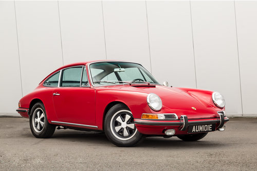 1967 Porsche 911S 2.0 LHD For Sale (picture 1 of 6)