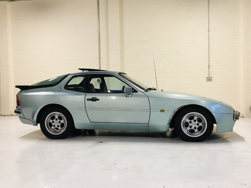 1985 PORSCHE 944 2.5 - LIGHT PROJECT SOLD (picture 2 of 6)