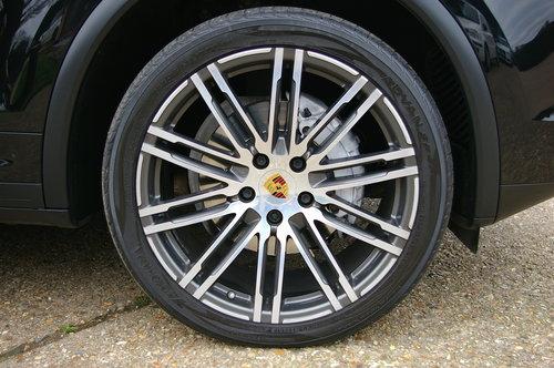2015 Porsche Cayenne Diesel 3.0 D V6 Tip S Auto (34,000 miles) SOLD (picture 6 of 6)