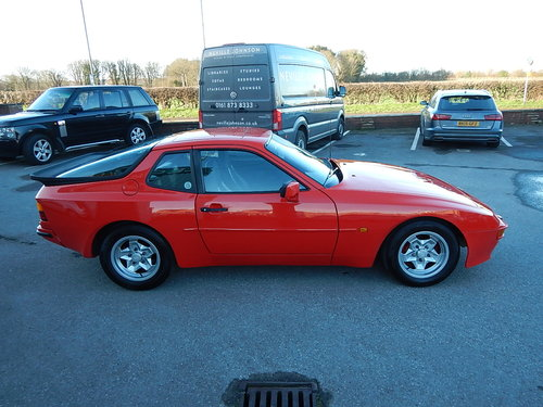 1985 PORSCHE 944 Lux ~ 5 Speed Manual ~  SOLD (picture 3 of 6)