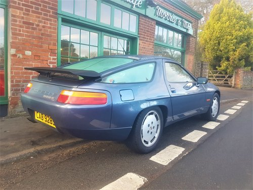 1989 Porsche 928 S4 Automatic Coupe For Sale (picture 2 of 6)
