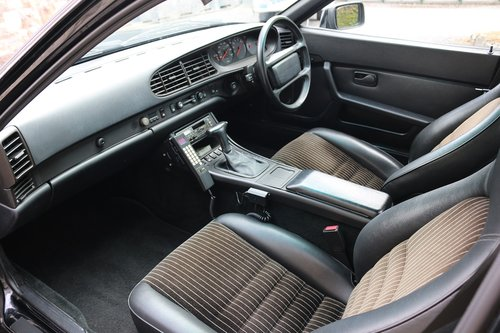 1988 PORSCHE 944 COUPE,AUTOMATIC,65K,FSH,19 SERVICE STAMPS! SOLD (picture 4 of 6)