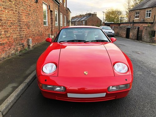 1990 Porsche 928 5.0 GT 5 speed manual SOLD (picture 2 of 6)