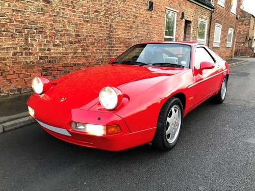 1990 Porsche 928 5.0 GT 5 speed manual SOLD (picture 4 of 6)