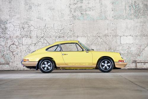 1971 Porsche 911 2.2 E For Sale (picture 2 of 6)