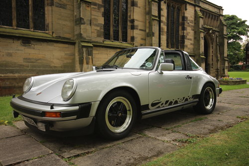 1973 Rent a classic 911 in Newcastle/Northumberland For Hire (picture 5 of 6)