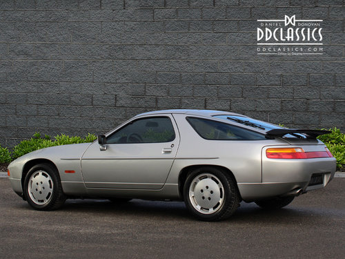 1987 PORSCHE 928 S4 LHD 13,000 MILES! One owner For Sale (picture 2 of 6)