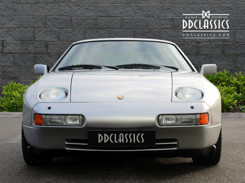 1987 PORSCHE 928 S4 LHD 13,000 MILES! One owner For Sale (picture 3 of 6)