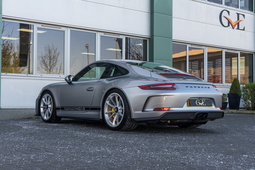 SOLD SIMILAR REQUIRED | PORSCHE 911 GT3 TOURING 2018 For Sale (picture 2 of 6)