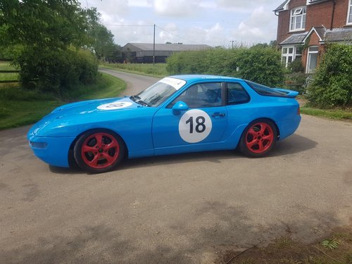 Porsche 968 Racing Car 1994 For Sale (picture 2 of 6)