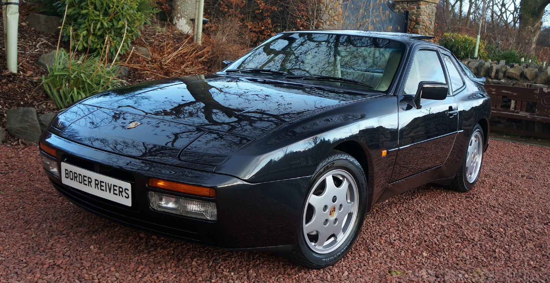 1990 Porsche 944S2 in Immaculate condition show quality SOLD (picture 1 of 6)
