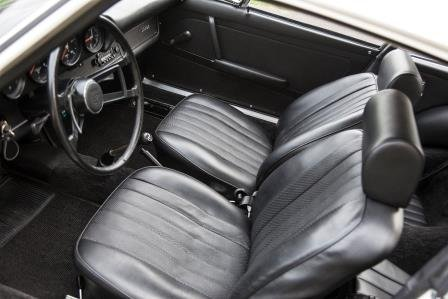 1968 PORSCHE 911L LHD - A FINE LOOKING CAR AND EXCELLENT RES SOLD by Auction (picture 2 of 4)