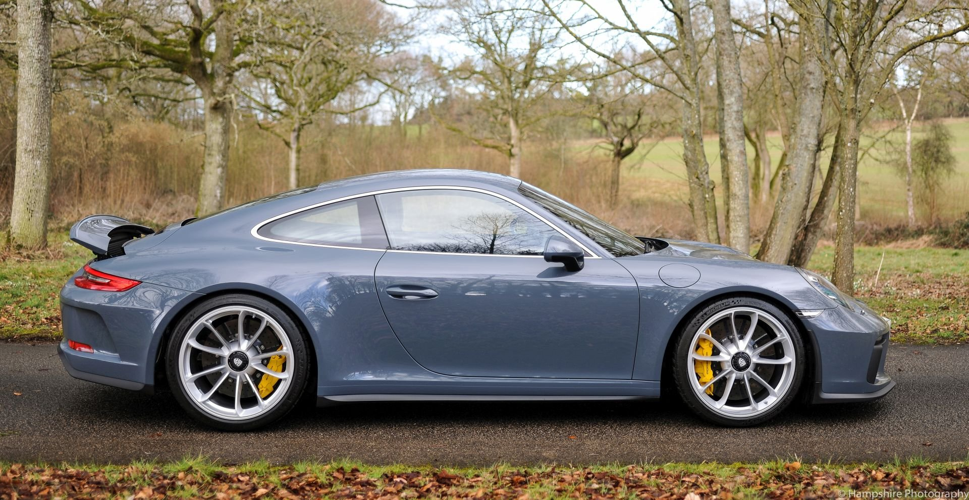 2018 Porsche 911 GT3 Touring - Only 697 Miles SOLD (picture 3 of 6)