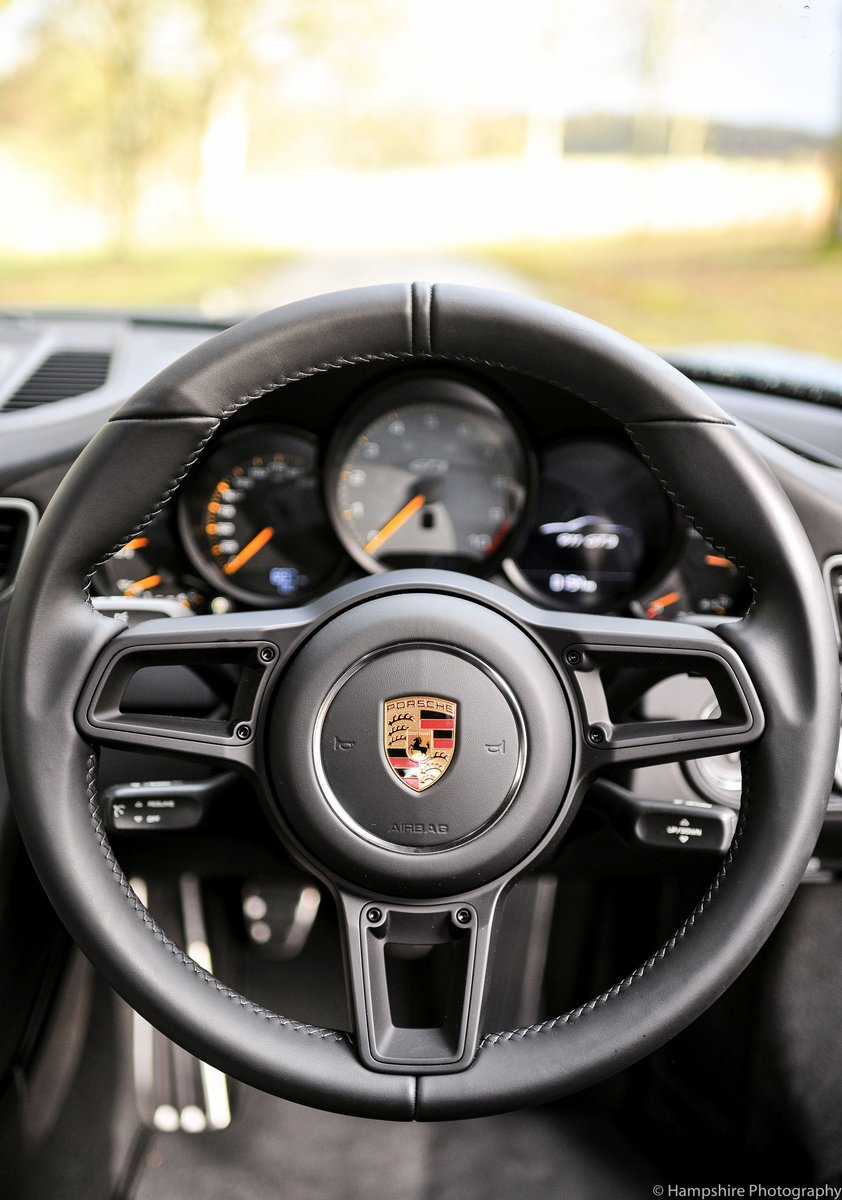 2018 Porsche 911 GT3 Touring - Only 697 Miles SOLD (picture 5 of 6)