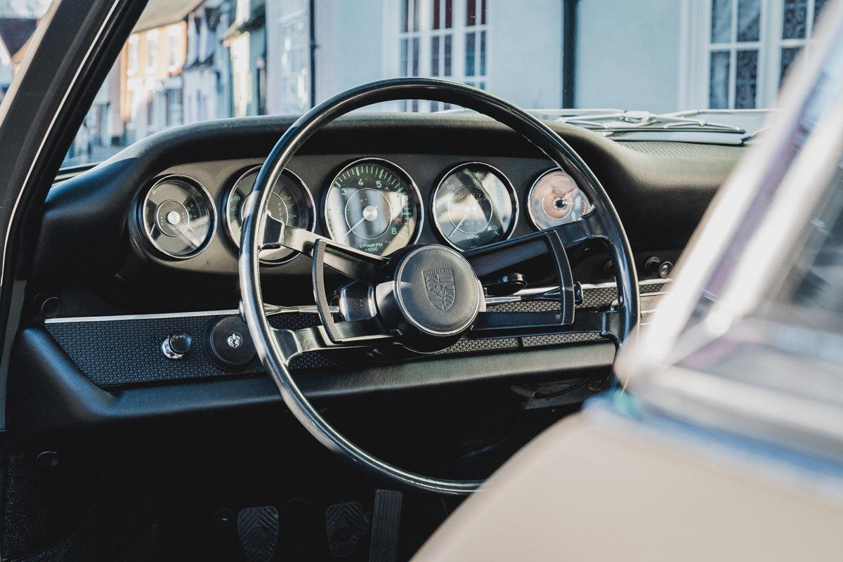 1967 PORSCHE 911 2.0S SWB  For Sale (picture 2 of 6)