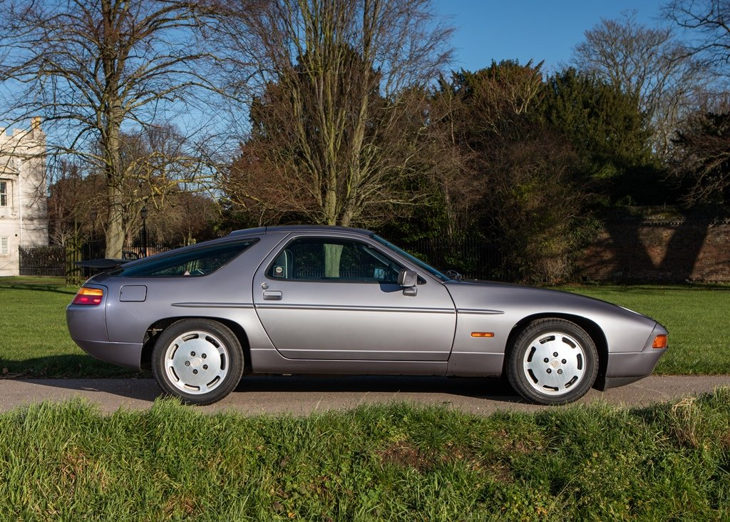 1987 Porsche 928 S4 SOLD by Auction (picture 2 of 6)