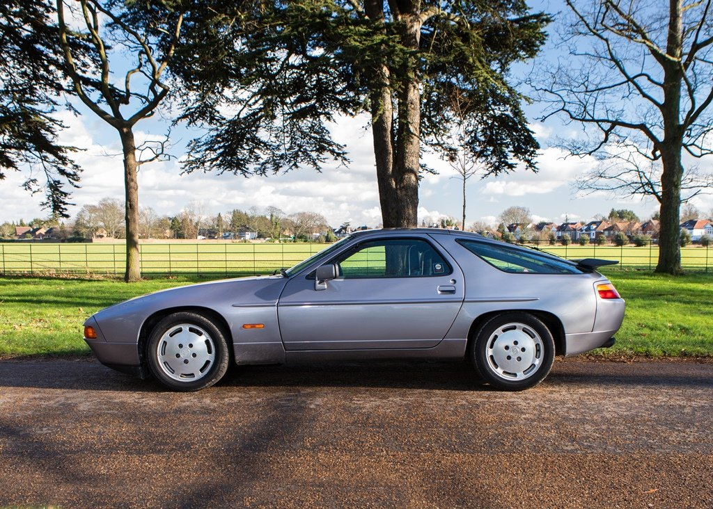 1987 Porsche 928 S4 SOLD by Auction (picture 5 of 6)