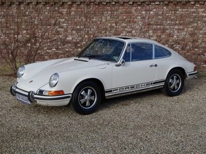 1970 Porsche 911 2.2 T matching numbers, factory sunroof For Sale