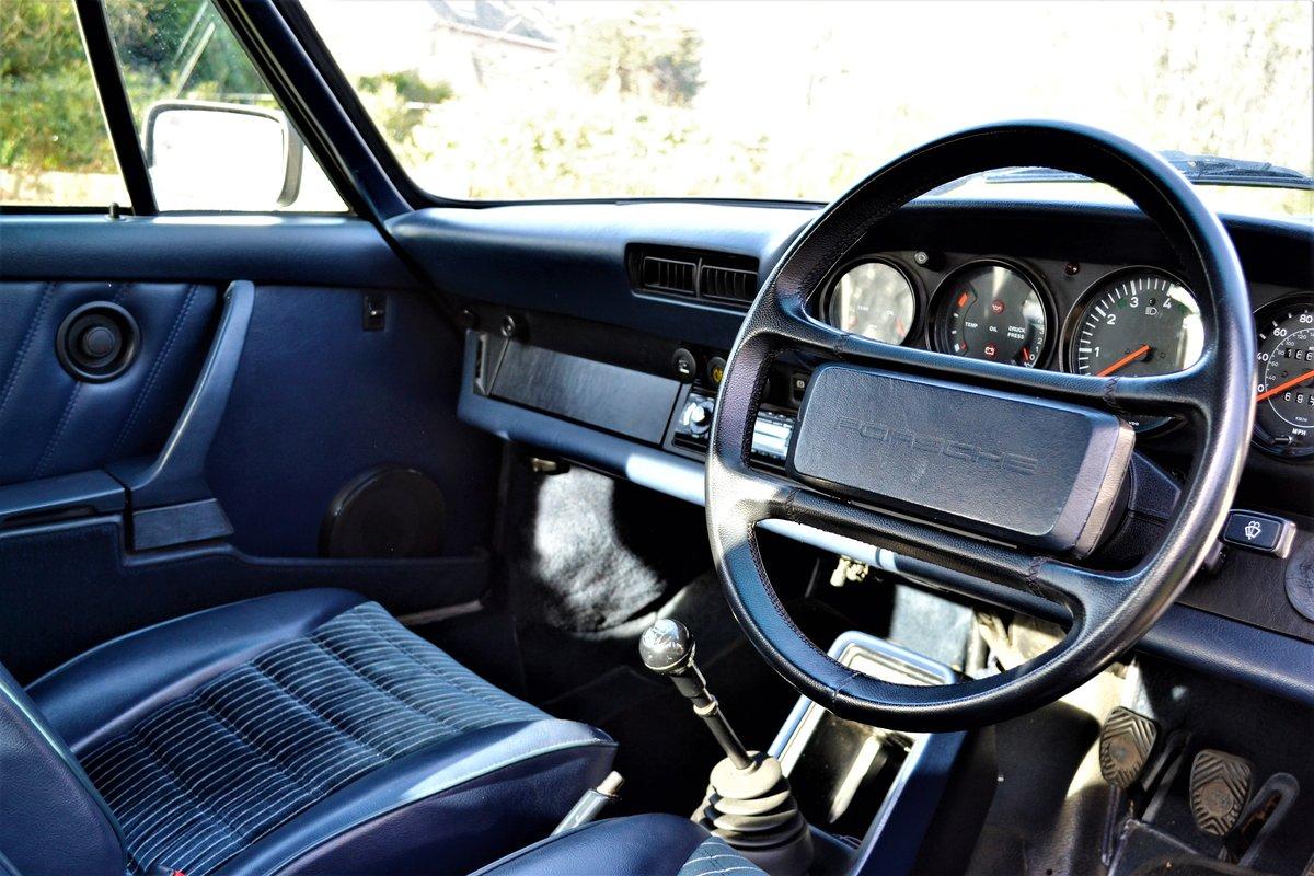 1984 Porsche 911 3.2 Carrera Coupe  For Sale (picture 4 of 6)