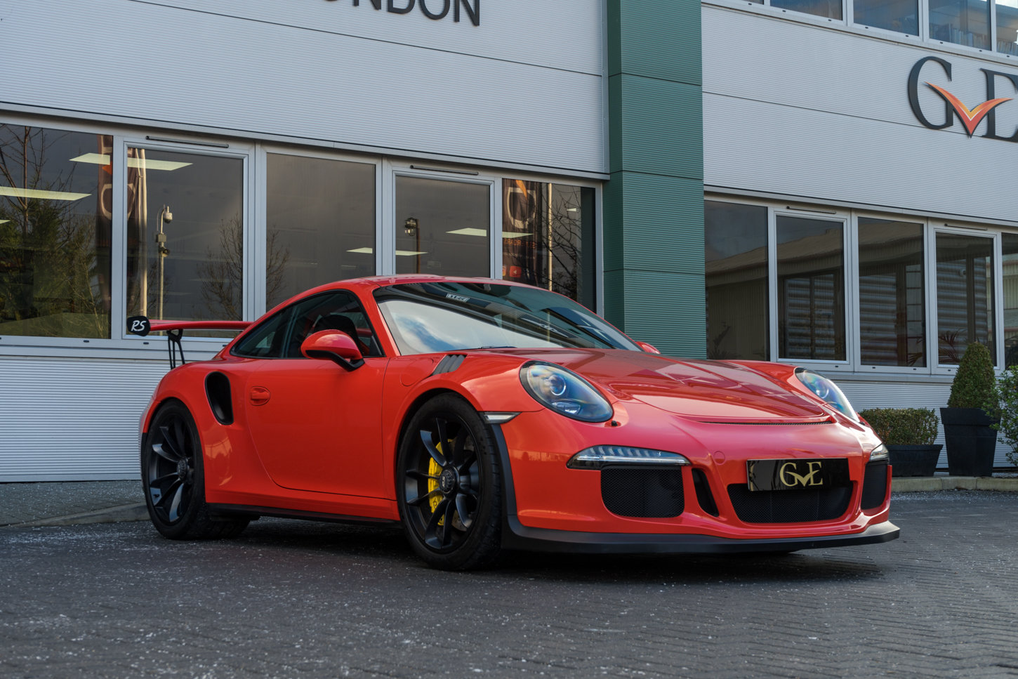 2016 Porsche 991.1 GT3 RS | LHD | HIGH SPEC INC. PCCB For Sale (picture 2 of 6)