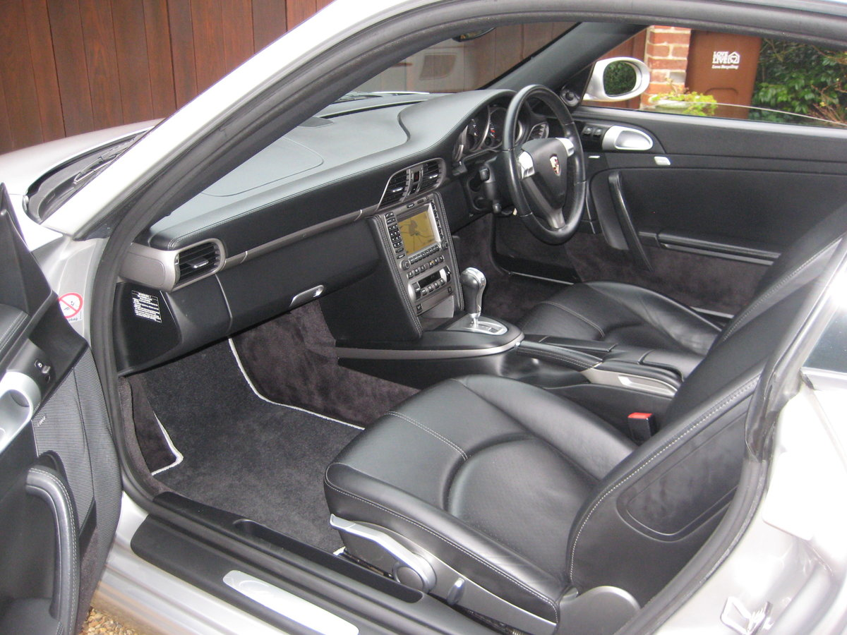 2008 Porsche 911 (997) 3.6 Carrera Tiptronic S With £7k Of Extras For Sale (picture 3 of 6)