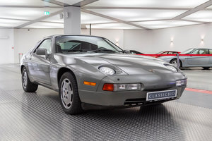 1987 Porsche 928 S4 *9 march* RETRO CLASSICS  SOLD by Auction