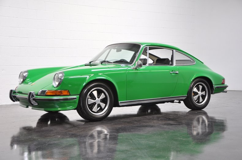 1970 Porsche 911S Coupe = Go Green(~)Black low miles $198.5k For Sale (picture 1 of 6)