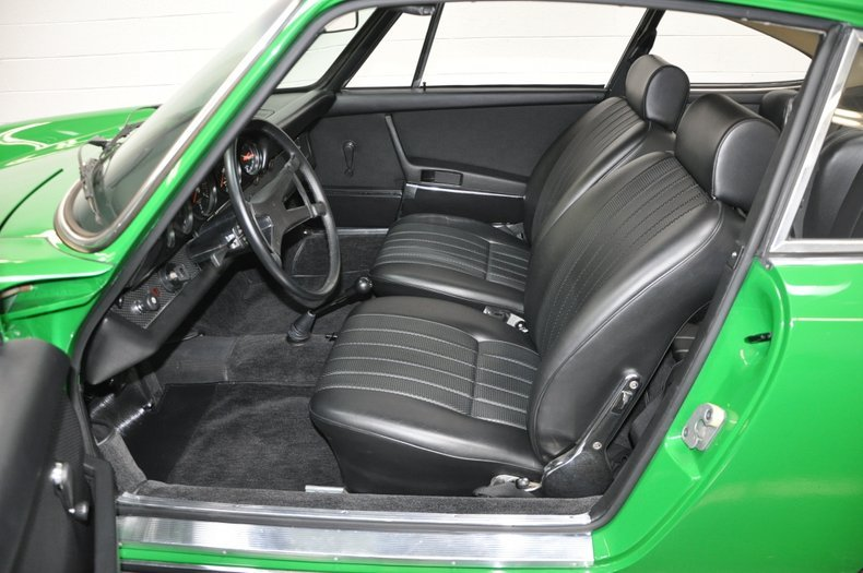 1970 Porsche 911S Coupe = Go Green(~)Black low miles $198.5k For Sale (picture 3 of 6)