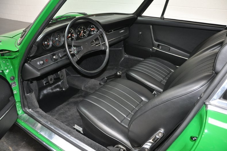 1970 Porsche 911S Coupe = Go Green(~)Black low miles $198.5k For Sale (picture 4 of 6)