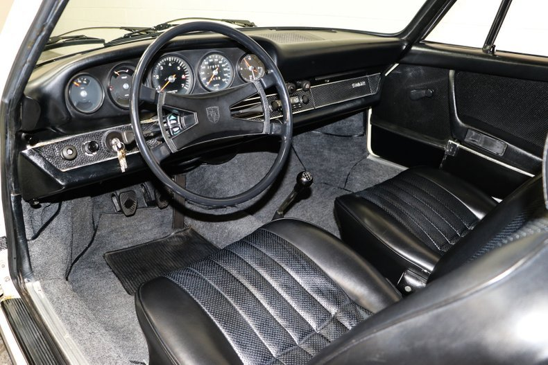 1969 Porsche 912 Coupe = clean Ivory low 7.9k miles $49.9k   For Sale (picture 4 of 6)