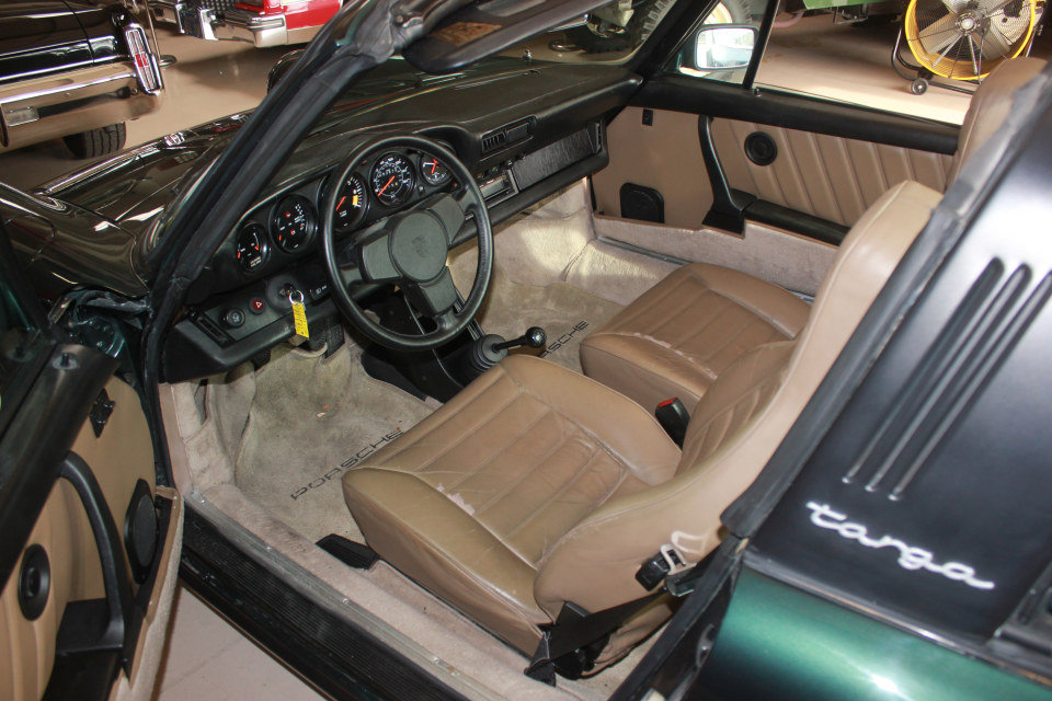 1983 Porsche 911SC Targa = Rare 1 of  made Go Green $69k For Sale (picture 4 of 6)