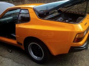 1983 944 auto For Sale