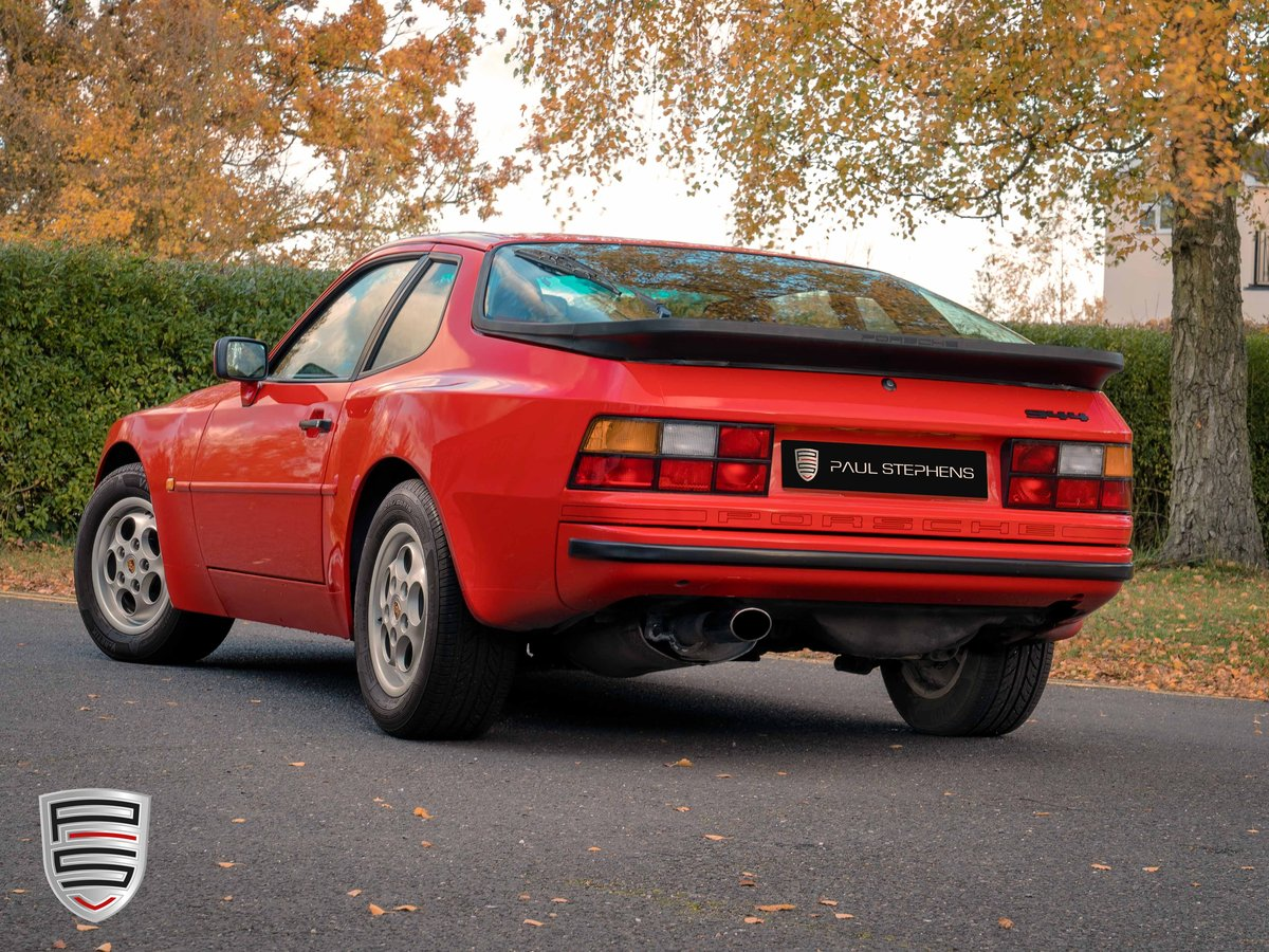 1988 Porsche 944 *34,700 miles from new* For Sale (picture 4 of 6)