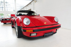 1989 Stunning condition, match. numbers, original, 23,000 kms For Sale