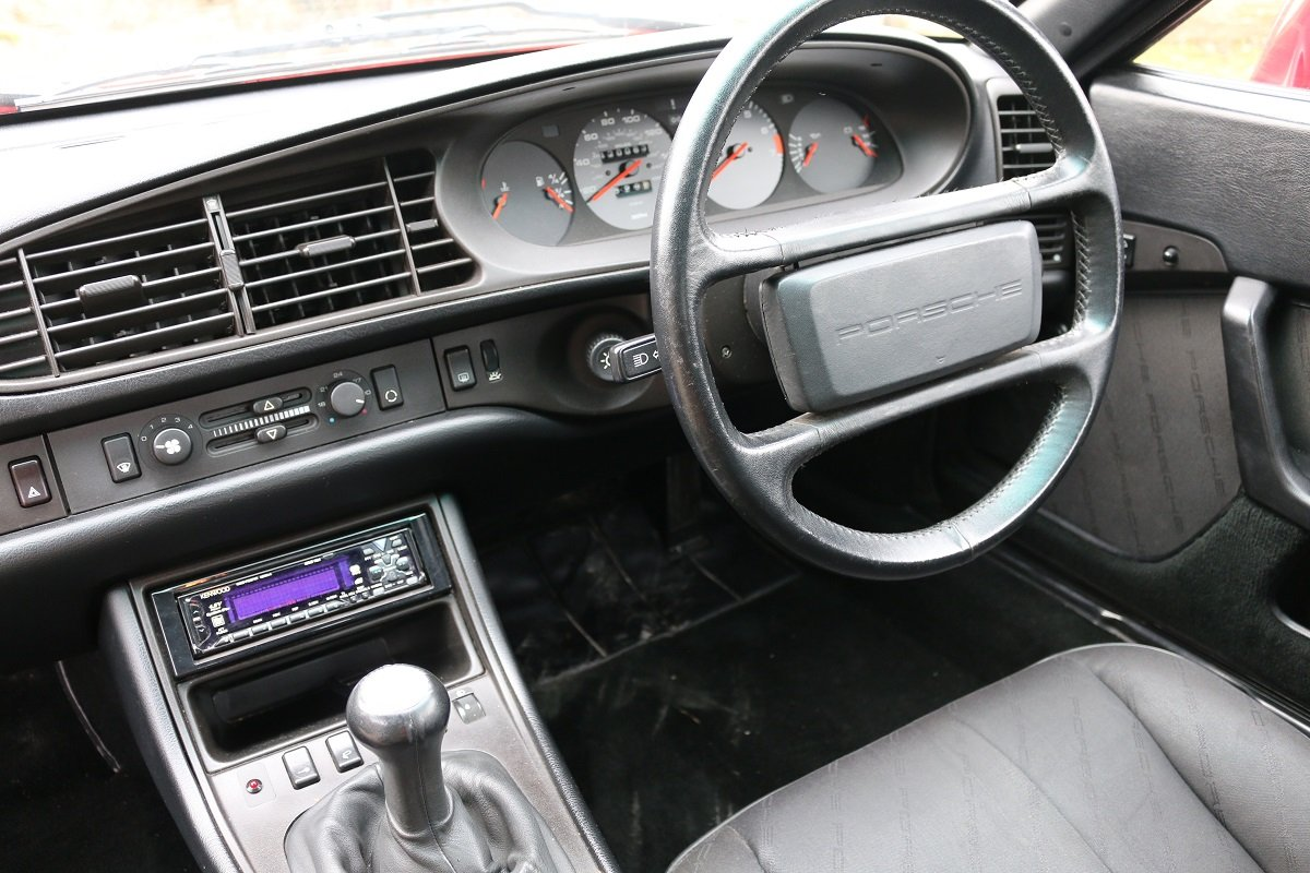 1989 PORSCHE 944S2 COUPE IN GAURDS RED For Sale (picture 6 of 6)