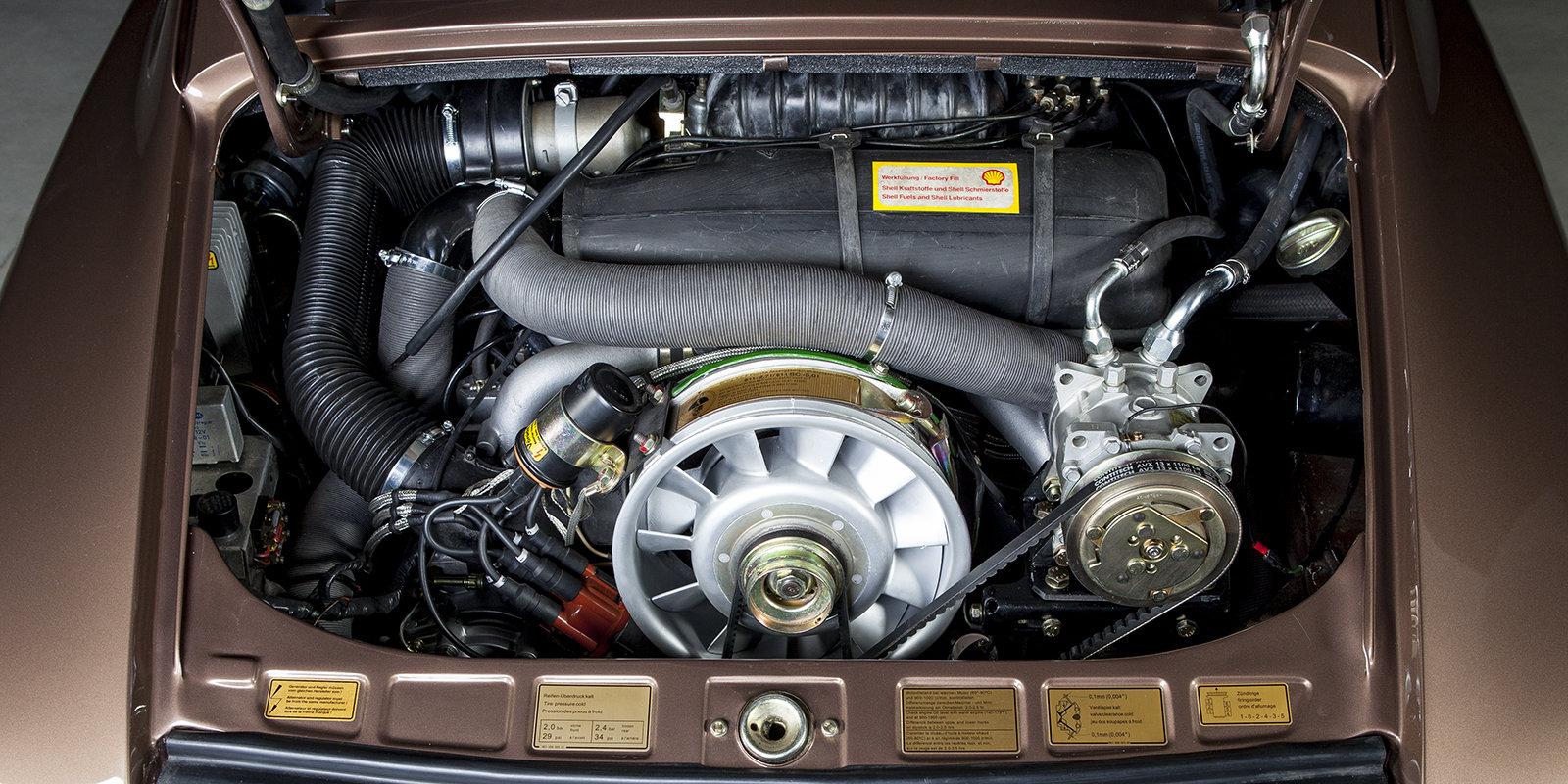 1976 Porsche 911 2.7S coupé copper brown tartan For Sale (picture 2 of 4)