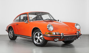 One owner 1970 Porsche 911E Coupé in tangerine For Sale