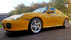 2002 Concours Speed Yellow 911/996 Carrera 4S