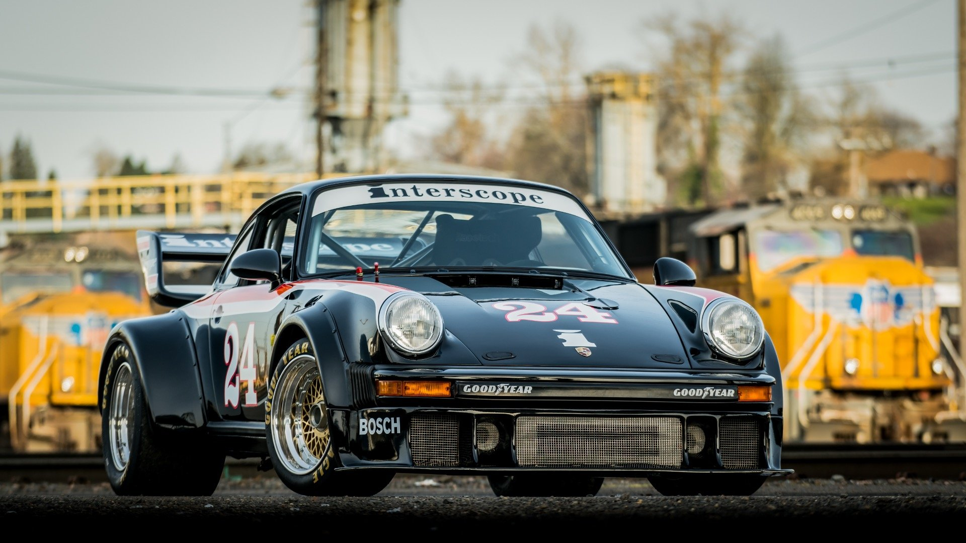 1986 Porsche Interscope 934.5 Race Car $127k spent  $159.9 For Sale (picture 2 of 6)