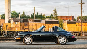 1990 Porsche 964 C4 Targa = Black fresh top-end rebuild