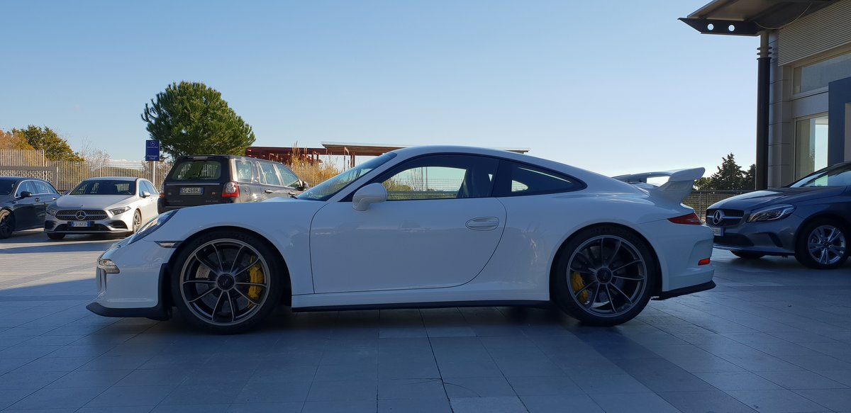 Porsche 911 3.8 GT3 (991) 2015 For Sale (picture 2 of 6)