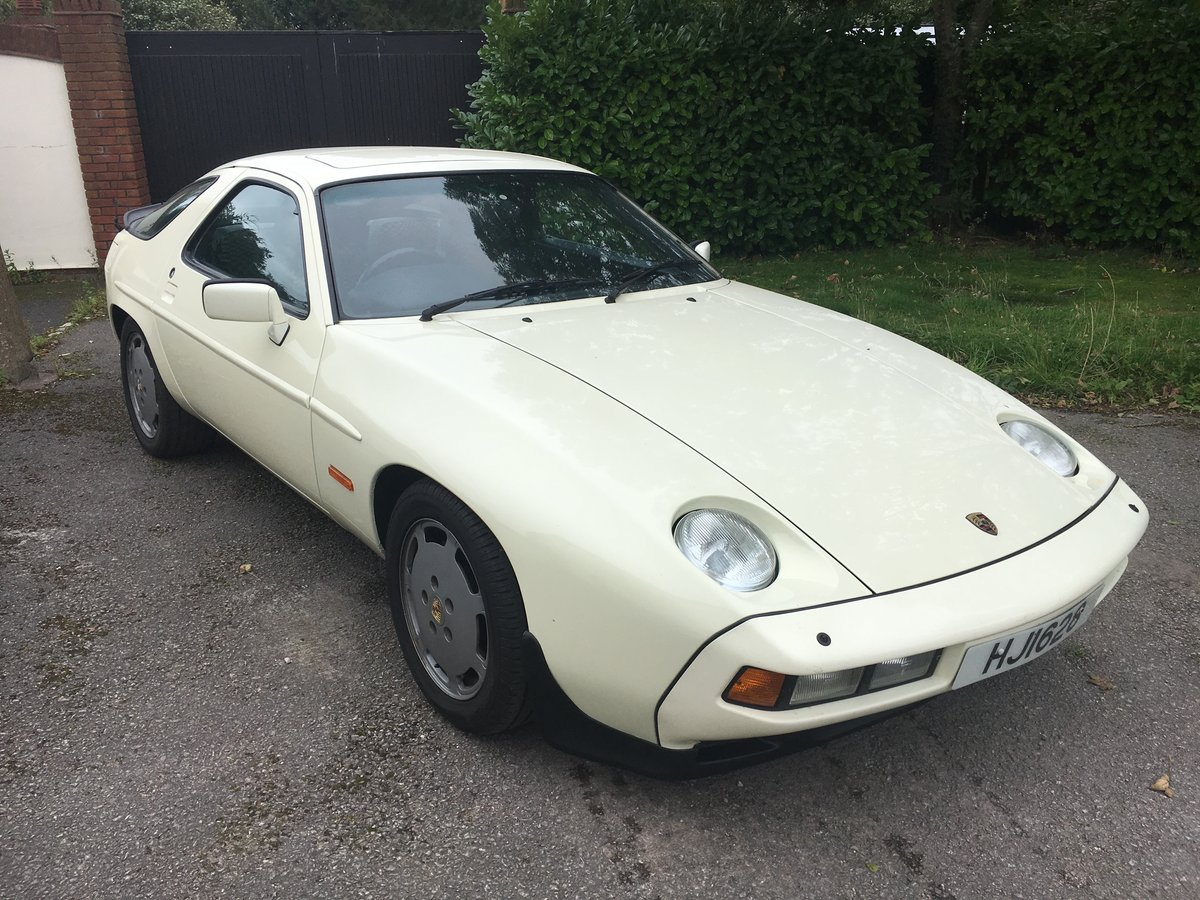 1984 ULTRA LOW MILEAGE,PERIOD COLOUR WITH PASCHA For Sale (picture 1 of 6)